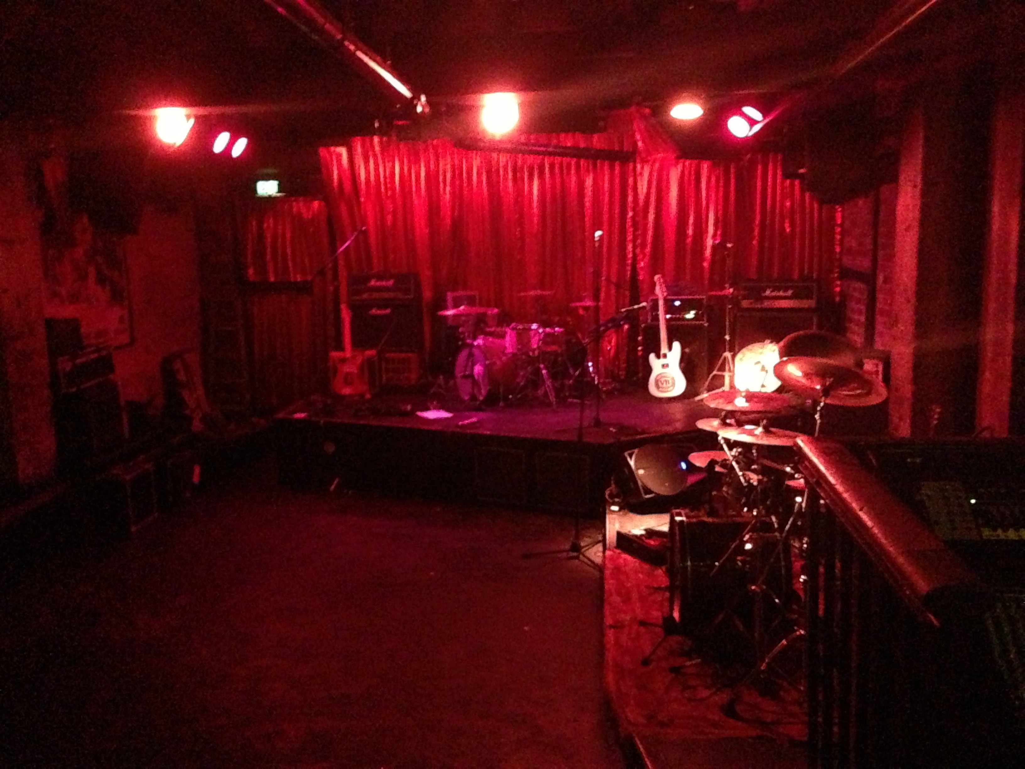 Cherry Bar Ac Dc Lane And The Stickiest Floor In